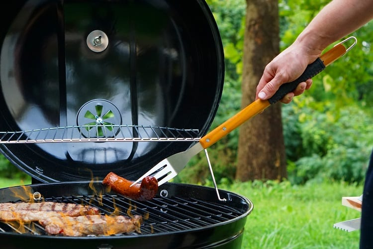 Using Grill Fork